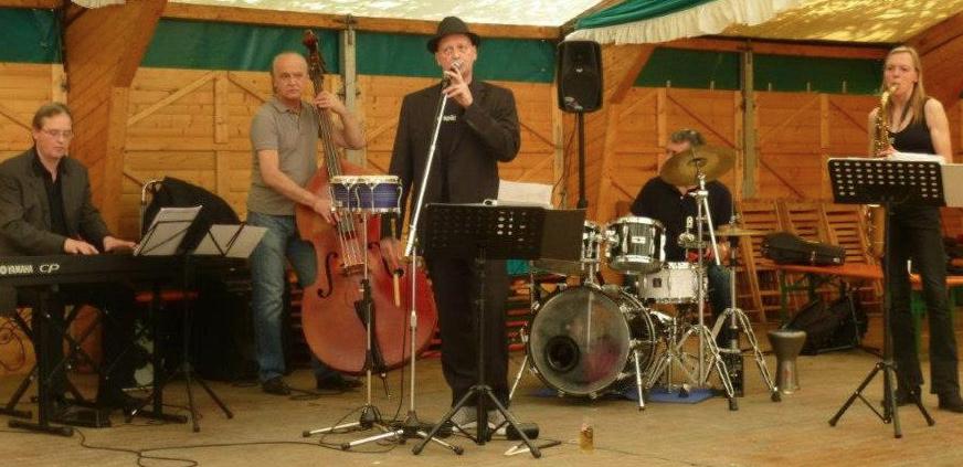 Jazzpack Quintett im Festzelt am Sürther Marktplatz